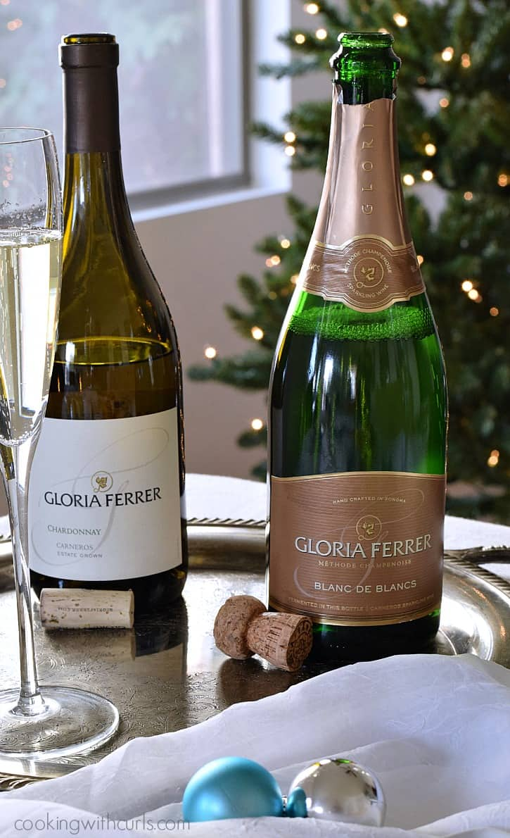 Make the holidays sparkle with Gloria Ferrer Wines | cookingwithcurls.com #BeGlorious #CG