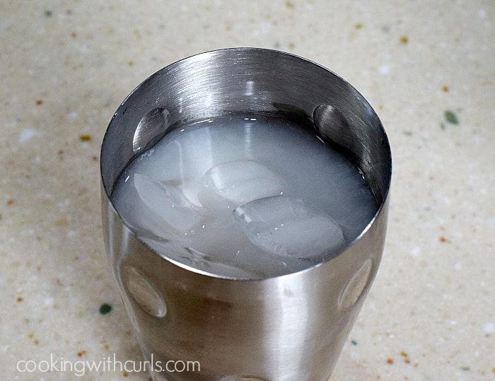 Snowflake Martini shake cookingwithcurls.com