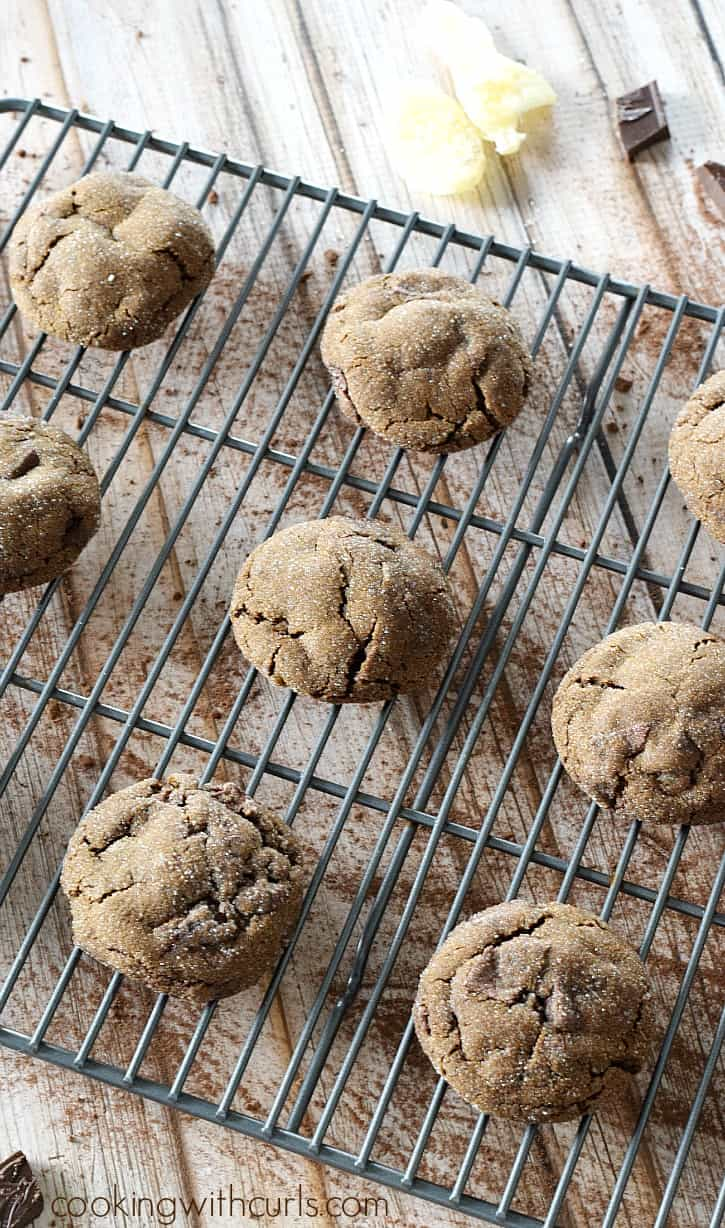 Soft and delicious Triple Ginger Chocolate Chunk Cookies are going to become your new favorite cookie | cookingwithcurls.com #cookieswap