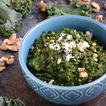Kale Pesto with toasted walnuts and balsamic vinegar makes the perfect sauce for pasta, sandwiches, and pizza | cookingwithcurls.com