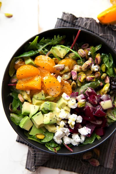 Super-quick-beet-and-goat-cheese-salad-with-a-delicious-orange-honey-poppyseed-dressing-perfect-for-Thanksgiving-or-Christmas2