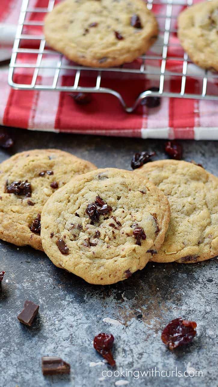 Melted chocolate and tart cherries come together to create these chewy and delicious Chocolate Chunk Cherry Cookies | cookingwithcurls.com