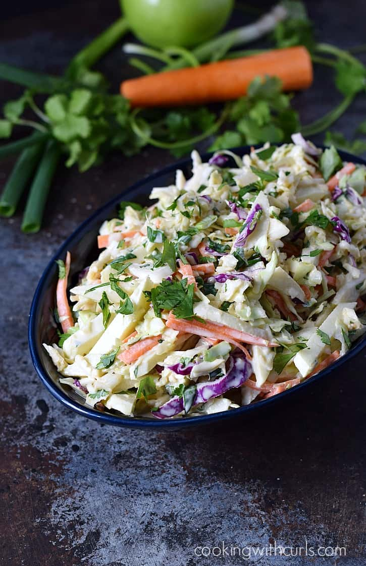 Sweet, tangy, and crunchy Apple Coleslaw | cookingwithcurls.com