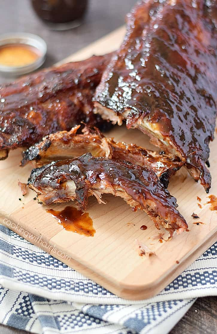 Pineapple Bourbon Barbecue Ribs | cookingwithcurls.com
