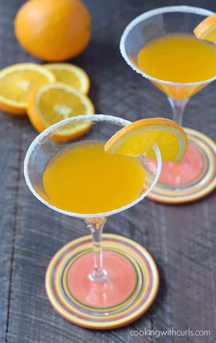 Orange Drop Martini | cookingwithcurls.com