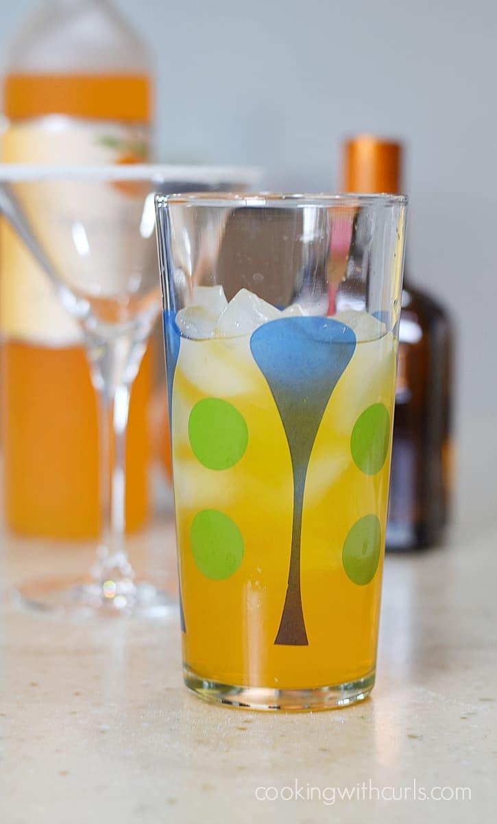 Orange Drop Martini mix cookingwithcurls.com