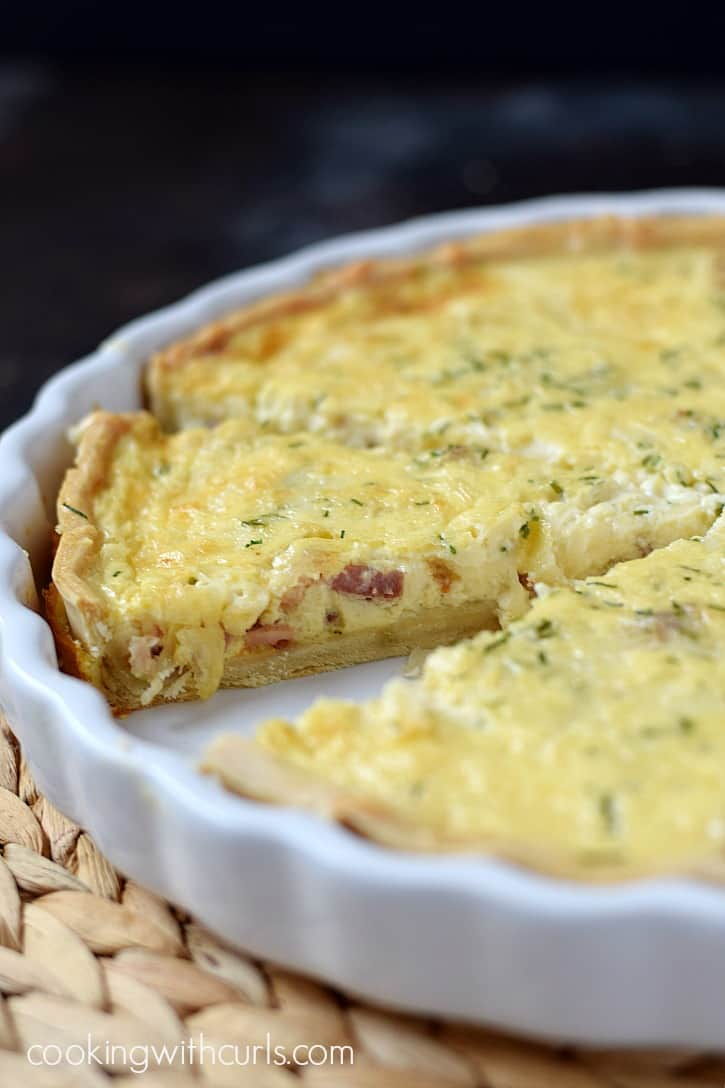 Your brunch guests will be fighting each other for another slice of this delicious Quiche Lorraine | cookingwithcurls.com