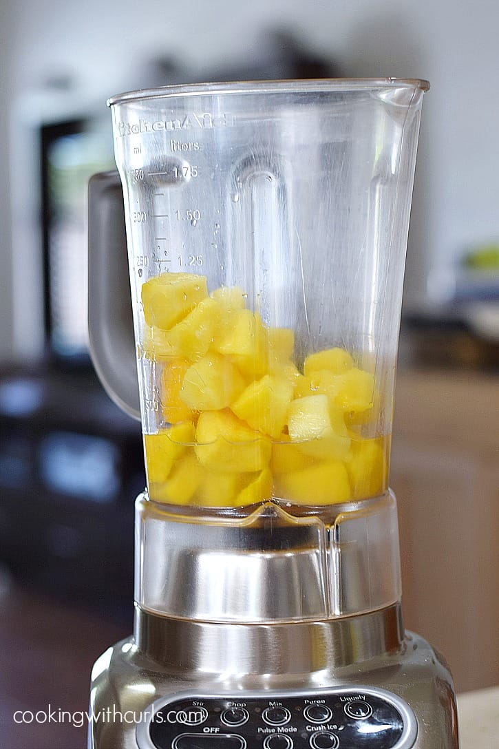 Frozen Tropical Margaritas blend cookingwithcurls.com