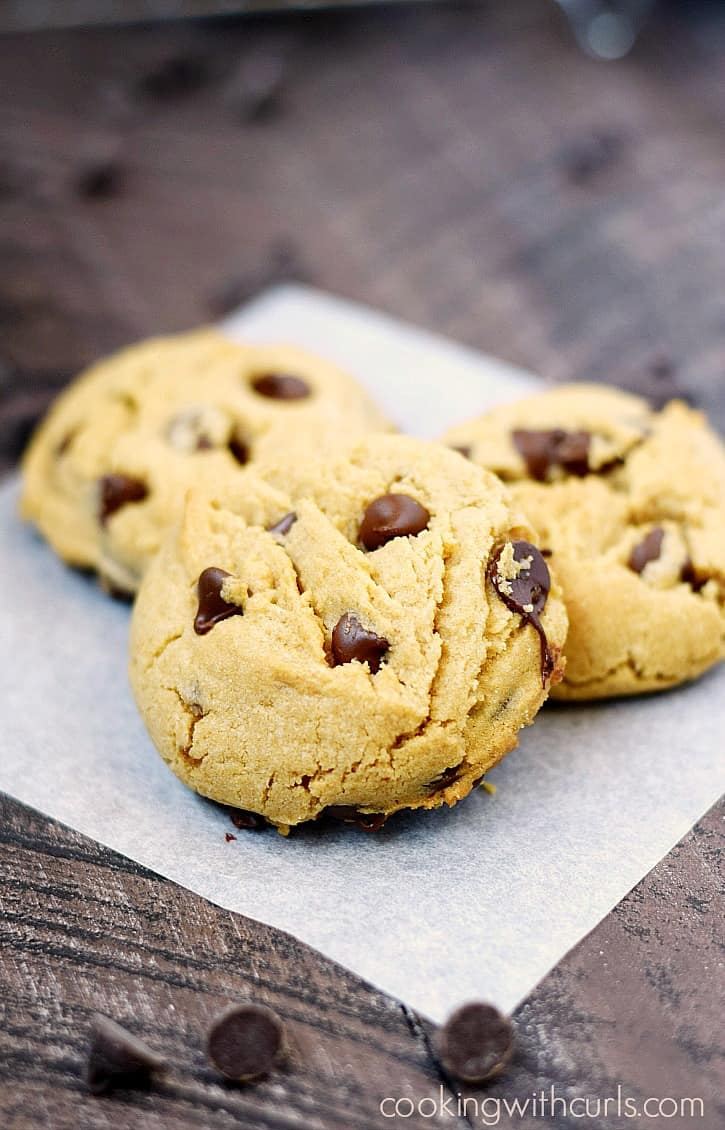Grab a glass of milk and enjoy these soft, thick Peanut Butter Chocolate Chip Cookies!! cookingwithcurls.com