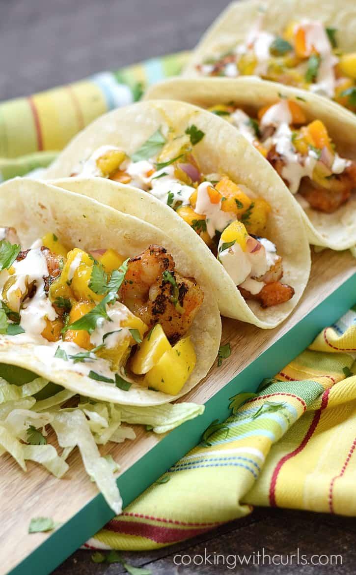 Grilled Shrimp Tacos with Papaya Mango Salsa and chipotle crema | cookingwithcurls.com