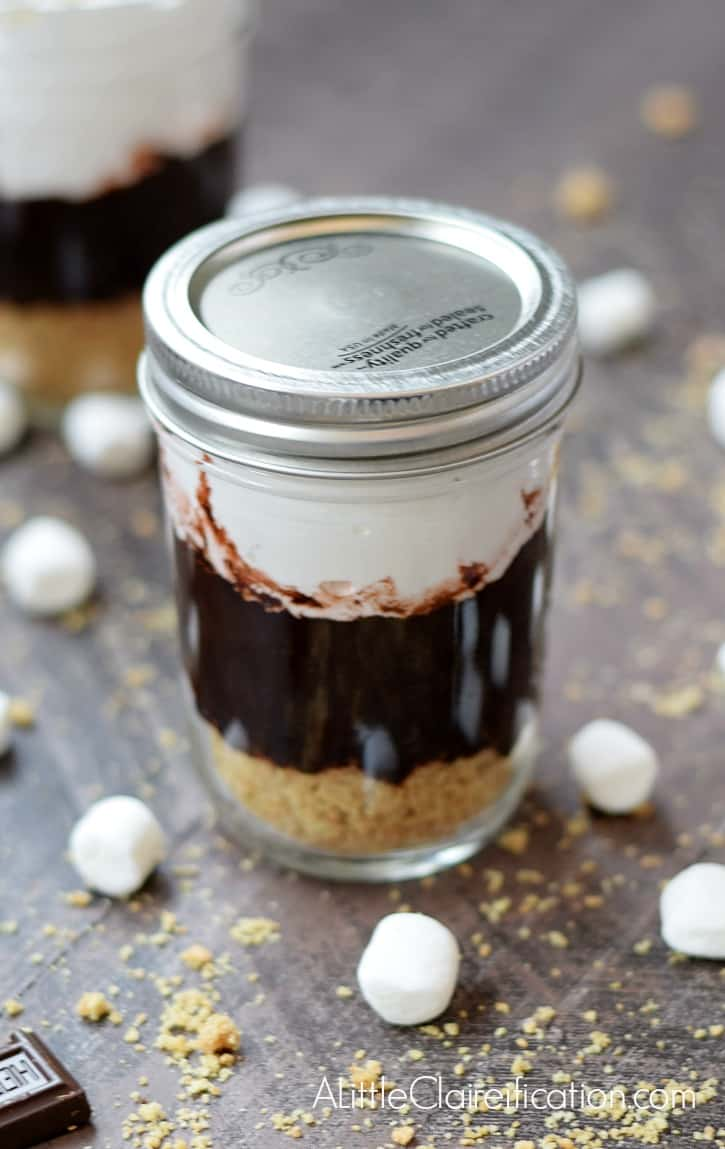 S'mores in a Jar with a lid www.alittleclaireification.com