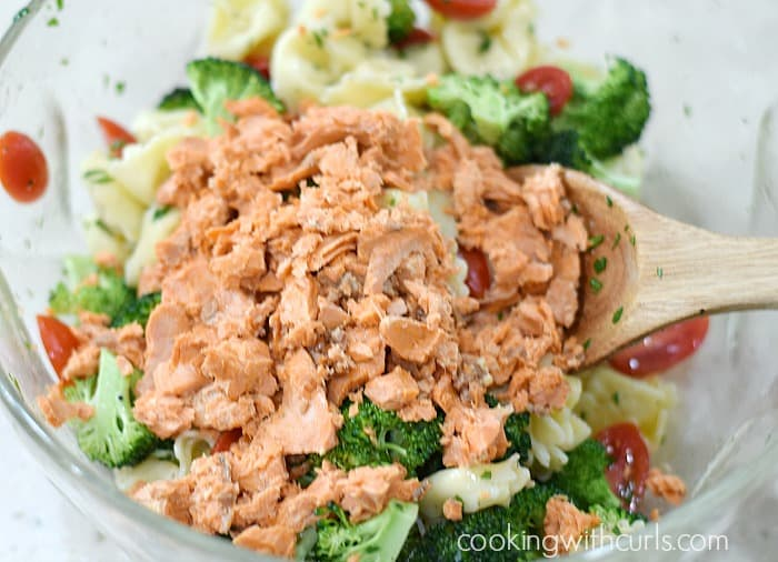 Tortellini Salmon Salad toss cookingwithcurls.com