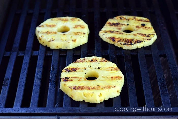 Grilled Pineapple grill cookingwithcurls.com