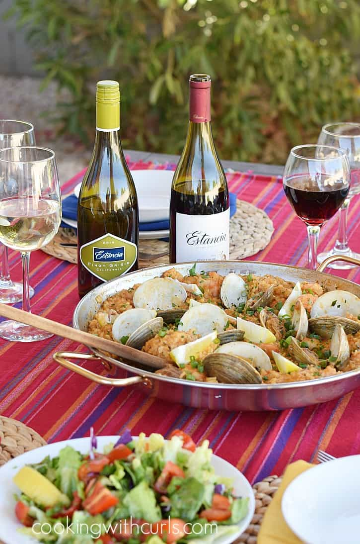 Msg 4 21+ Travel to Spain in your own backyard with a traditional Seafood Paella and fun with friends | cookingwithcurls.com #ArtofEntertaining #ad