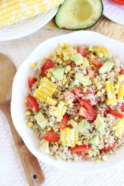 corn-avocado-tomato-quinoa-salad-6-683x1024