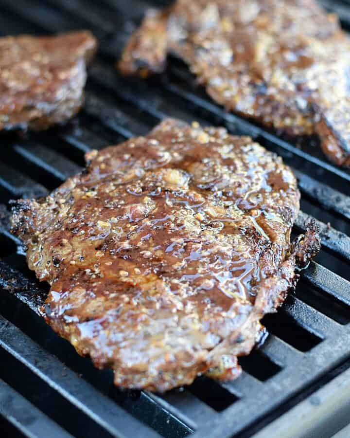 This Canadian Steak Marinade adds amazing flavor to your steaks and it's super easy with only four ingredients   cookingwithcurls.com