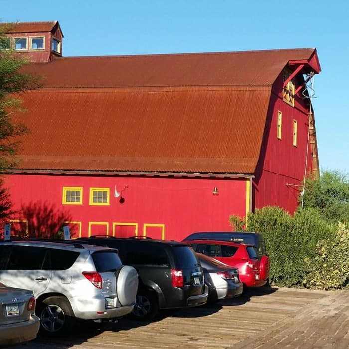 Barn and Parking Lot from hayride | cookingwithcurls.com