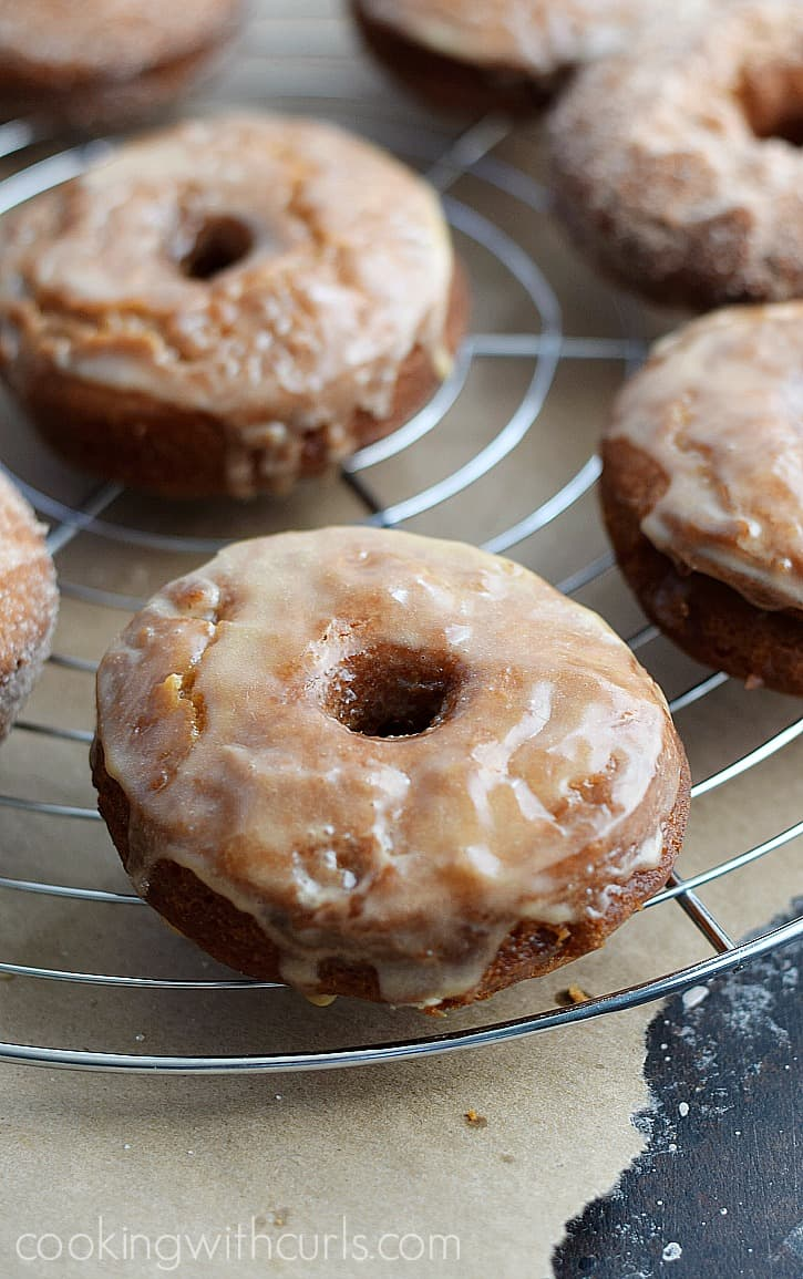 Hot, fresha nd delicious glazed Apple Cider Doughnuts | cookingwithcurls.com