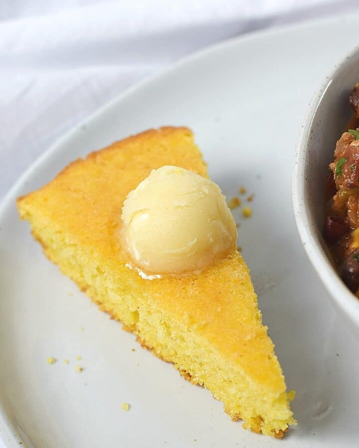 Skillet Cornbread with Honey Butter | cookingwithcurls.com