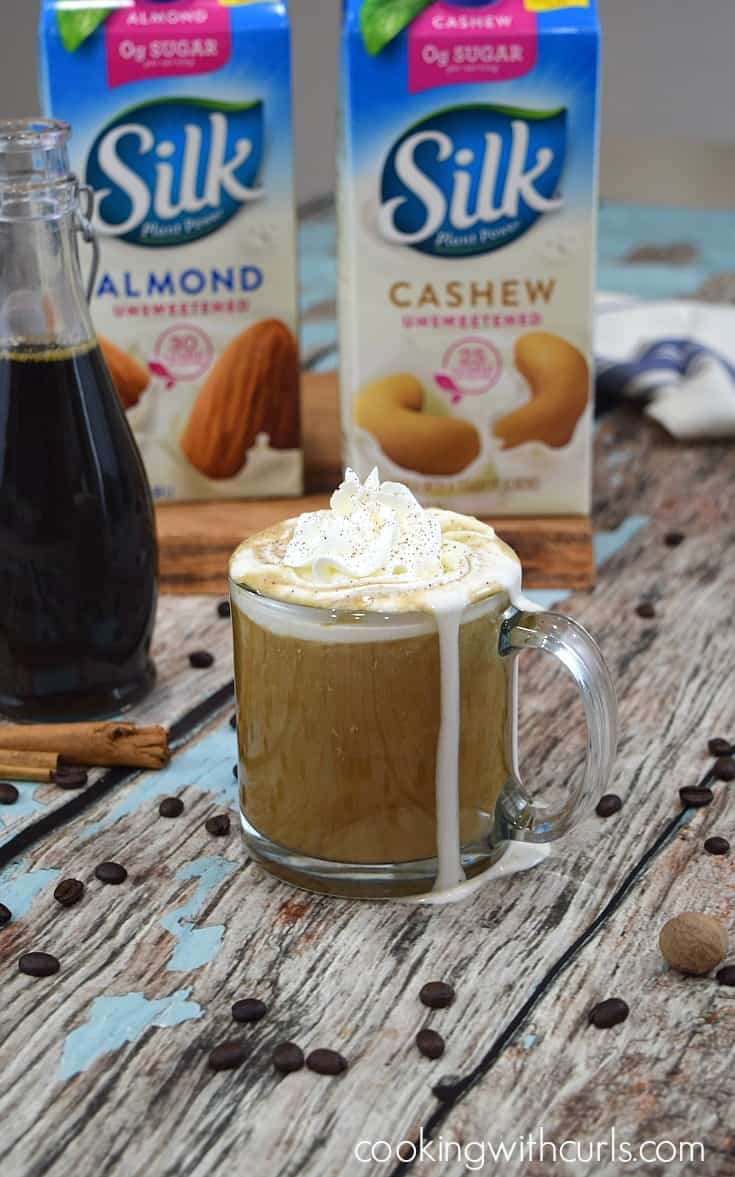 A delicious dairy-free Gingersnap Latte that everyone will enjoy | cookingwithcurls.com #SameSilkySmoothTaste #ad
