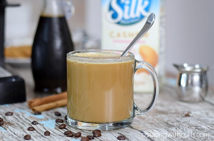 Gingersnap Latte cashewmilk cookingwithcurls.com