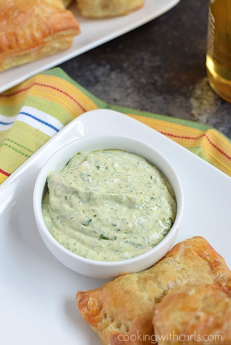Creamy Cilantro Lime Dipping Sauce | cookingwithcurls.com