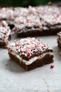 These Peppermint Boozy Brownies are a fun and delicious treat to serve at your next holiday party | cookingwithcurls.com