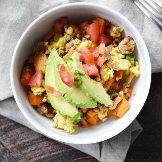 Sweet Potato Hash is the perfect throw together meal | cookingwithcurls.com