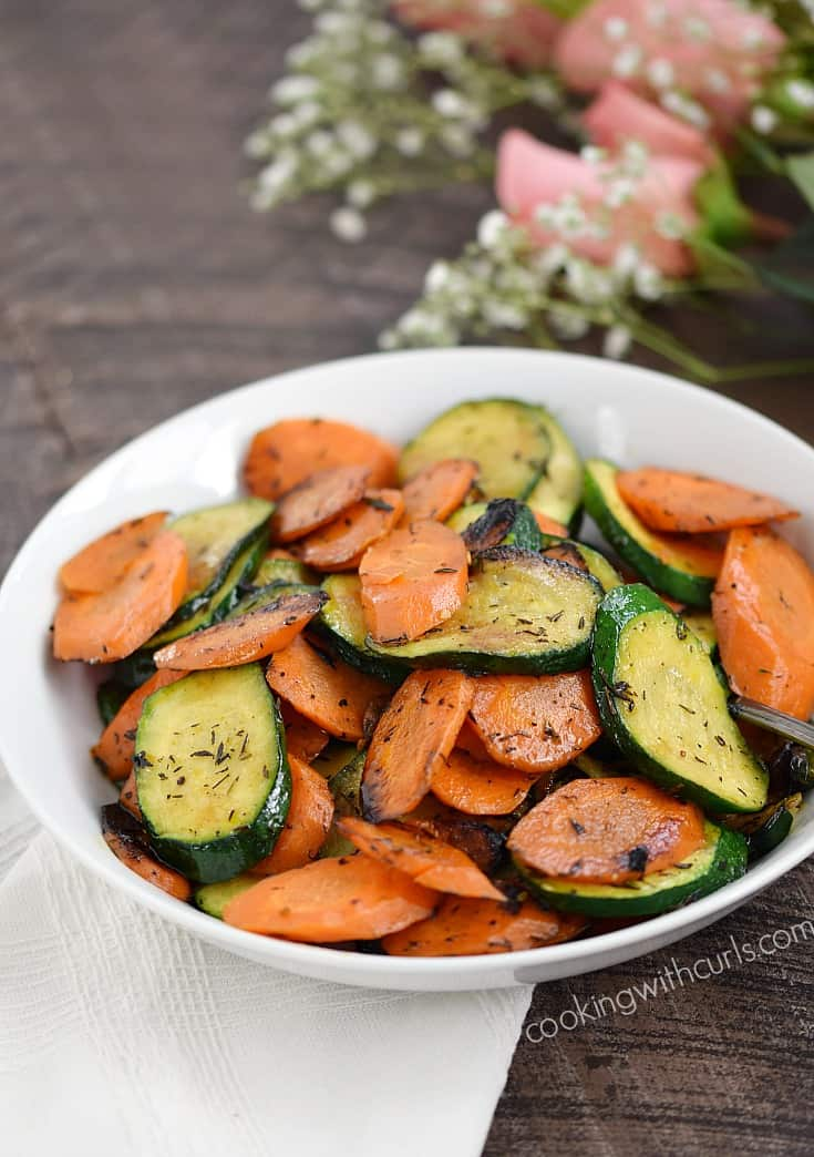 Sauteed Zucchini and Carrots, the perfect side dish that is super easy to prepare | cookingwithcurls.com