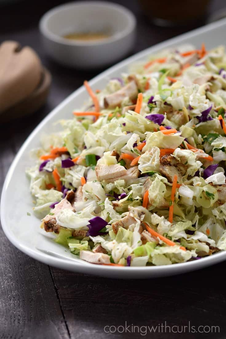 There are only pure, healthy ingredients in this Asian Sesame Chicken Salad and your family will love it | cookingwithcurls.com