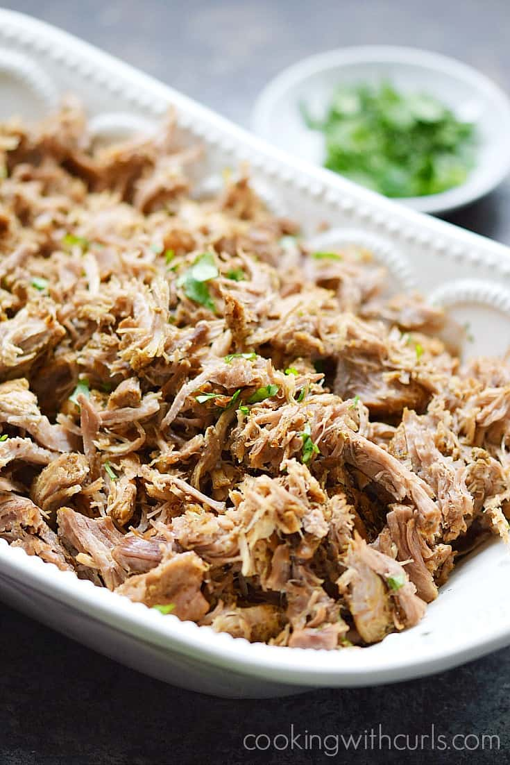 This Instant Pot Pork Carnitas will make Taco Tuesday much easier | cookingwithcurls.com