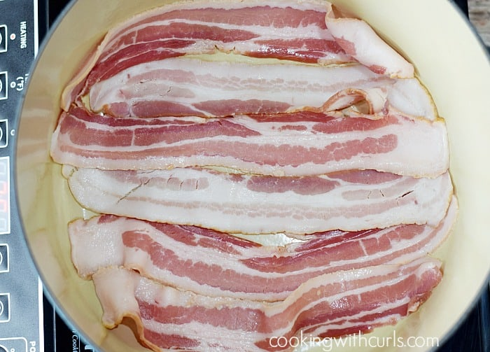 Whole 30 Clam Chowder bacon cookingwithcurls.com