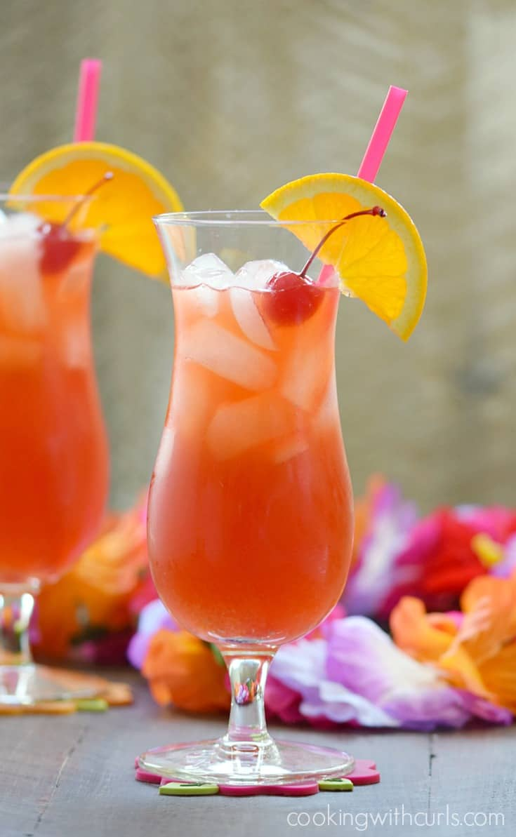 Hurricane Cocktail | cookingwithcurls.com