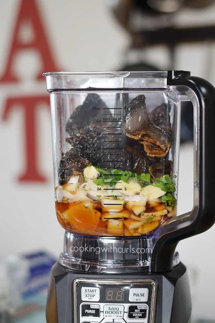 Instant Pot Ancho-Orange Pulled Pork blend cookingwithcurls.com