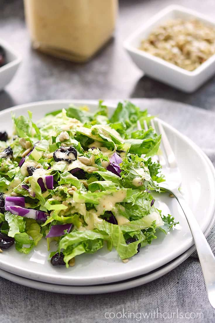 This Sweet Onion and Citrus Dressing is perfect paired with a Superfood Salad | cookingwithcurls.com