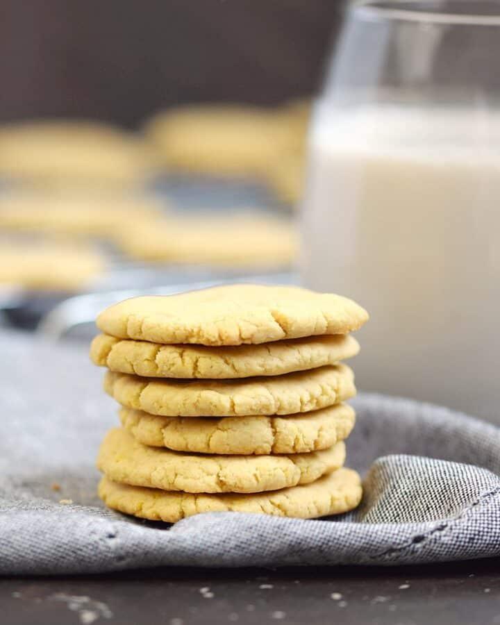 Paleo Vanilla Wafers   cookingwithcurls.com