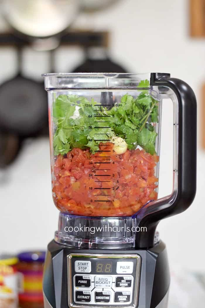 Restaurant-Style Blender Salsa blend cookingwithcurls.com