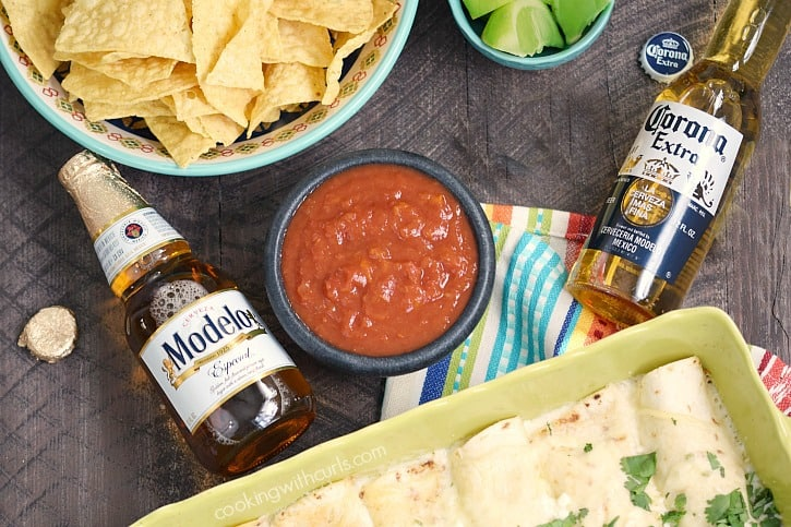 msg 4 21+ Celebrate Cinco de Mayo with Modelo and Corona | cookingwithcurls.com #ad #CervezaCelebration