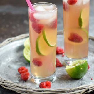 Raspberry Fizz Cocktail