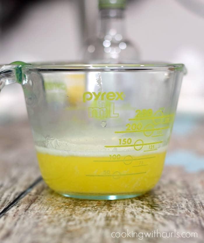 Easy Blender Bearnaise Sauce butter cookingwithcurls.com