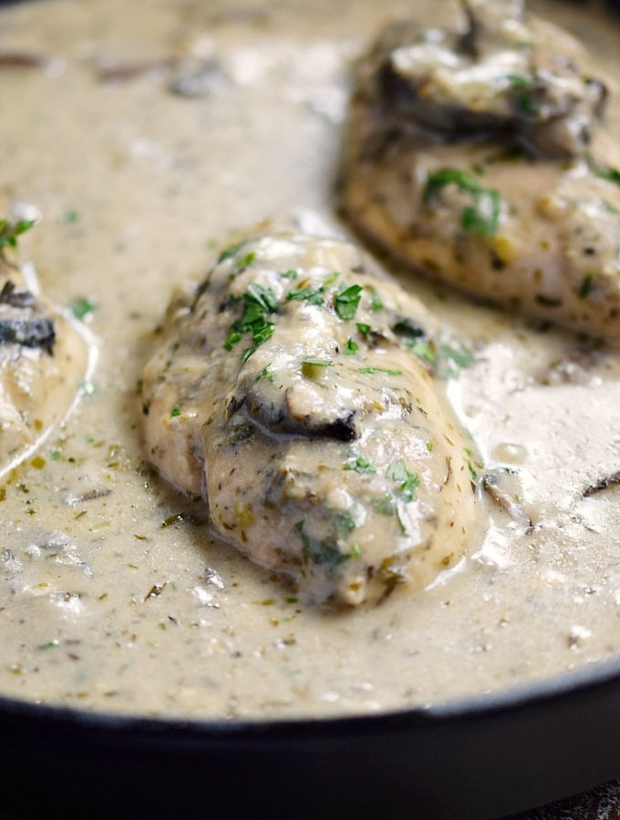 This Creamy Mushroom Chicken is fancy enough for company, and easy enough for weeknights | cookingwithcurls.com