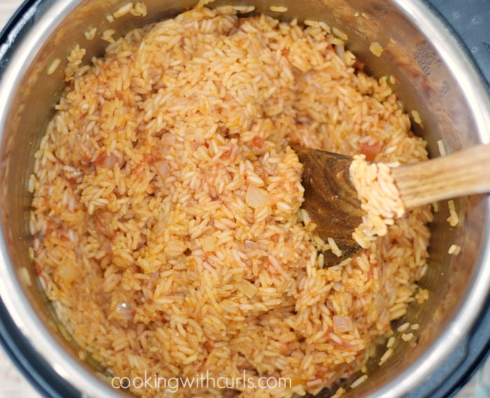 Instant Pot Spanish Rice fluff cookingwithcurls.com
