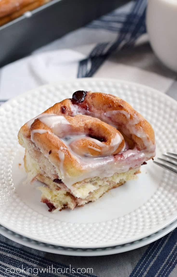Soft and fluffy Cherry Sweet Rolls are the perfect way to wake the family up in the morning | cookingwithcurls.com