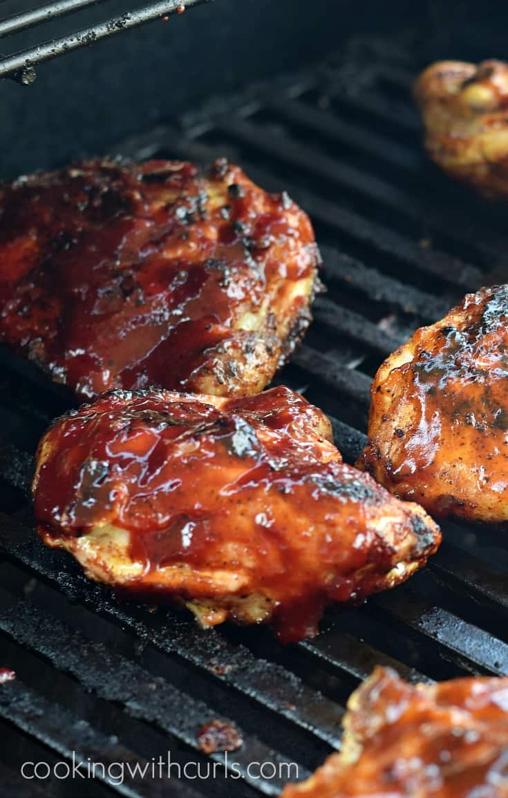 Barbecue Chicken Thighs on the Grill | cookingwithcurls.com