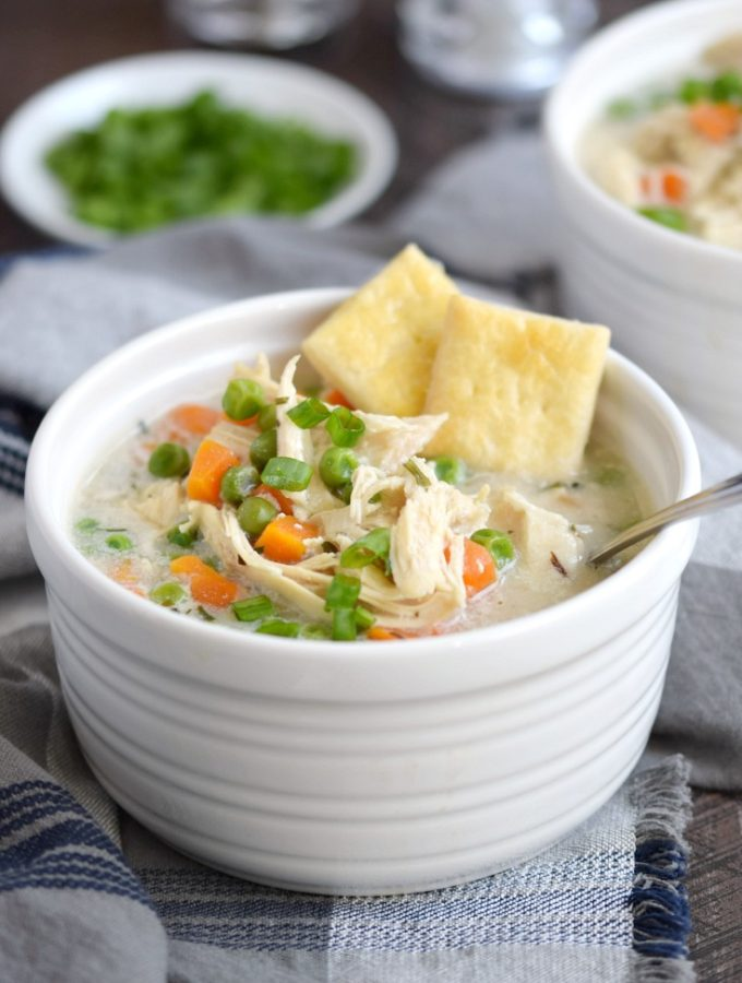 Instant Pot Chicken Pot Pie Soup with Pie Crust Crackers | cookingwithcurls.com