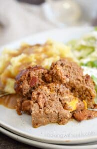 You will not believe how easy this Instant Pot Bacon Cheeseburger Meatloaf meal is to make, and it even includes mashed potatoes! cookingwithcurls.com
