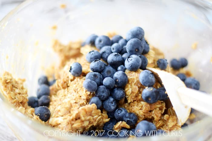 Blueberry Breakfast Cookies berries COPYRIGHT © 2017 COOKING WITH CURLS