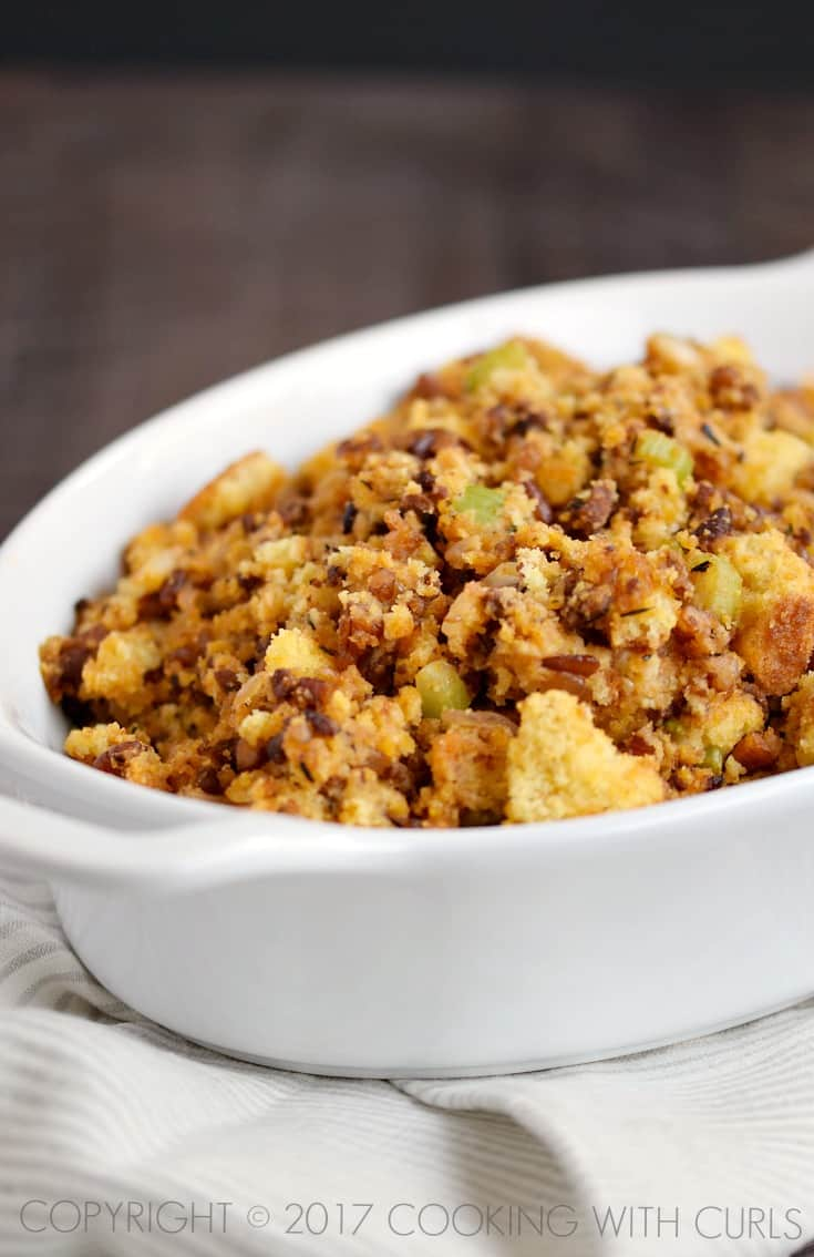 Chorizo Cornbread Stuffing | COPYRIGHT © 2017 COOKING WITH CURLS