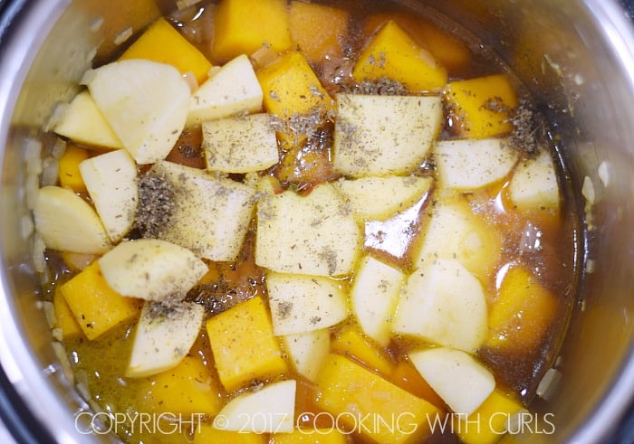 Instant Pot Butternut Squash Soup apples | COPYRIGHT © 2017 COOKING WITH CURLS