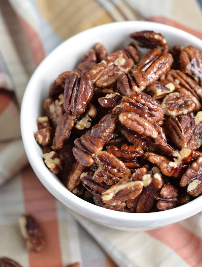 Maple-Glazed Pecans | COPYRIGHT © 2017 COOKING WITH CURLS